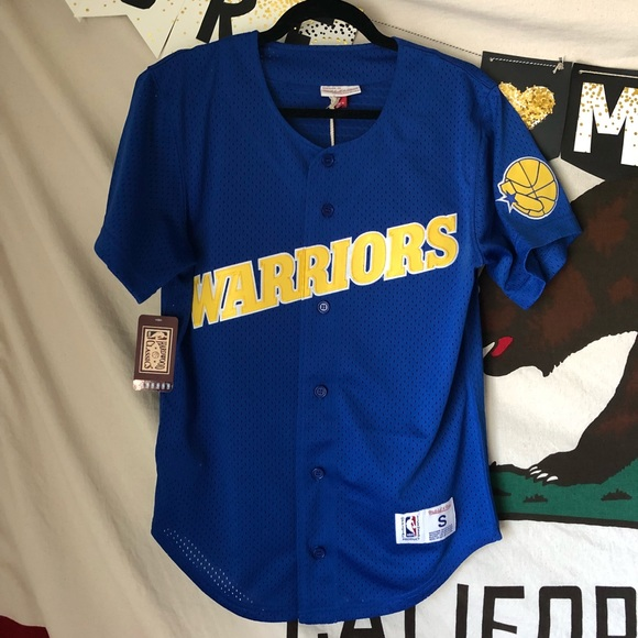 newest e2626 08cb2 NWT Golden State Warriors Baseball Style Jersey NWT